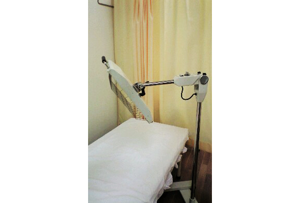 遠赤外線治療器
